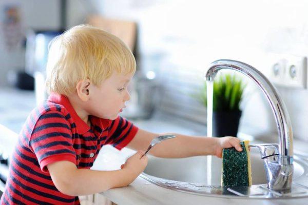 enfant autonomie montessori